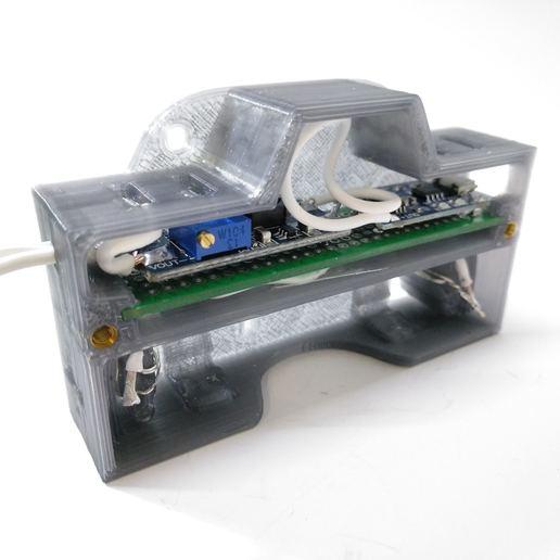 2019-06-30_172136_IMG_web.jpg Télécharger fichier STL gratuit Boîtier de batterie 18650 avec espace pour le chargeur et le convertisseur élévateur • Objet pour impression 3D, suromark
