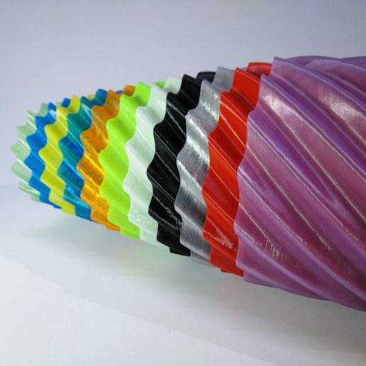 Télécharger fichier STL gratuit Vases en spirale style Matroshka, suromark
