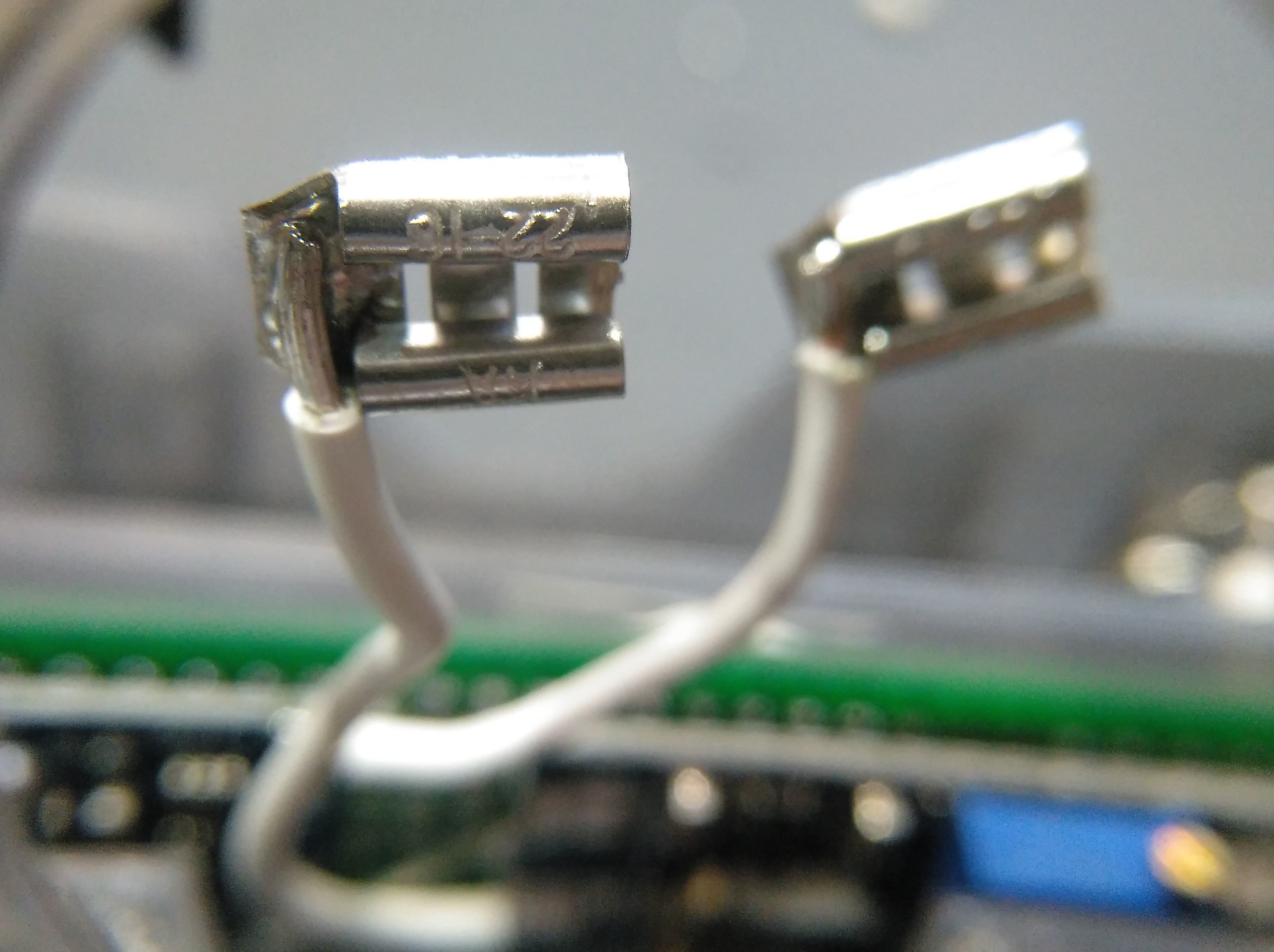 2019-07-02_170352_IMG_web.jpg Télécharger fichier STL gratuit Boîtier de batterie 18650 avec espace pour le chargeur et le convertisseur élévateur • Objet pour impression 3D, suromark
