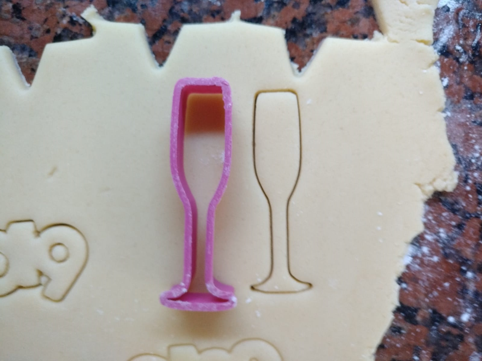copa.jpg Download free STL file Champagne glass cookie cutter for new year • 3D printing object, Ragkov