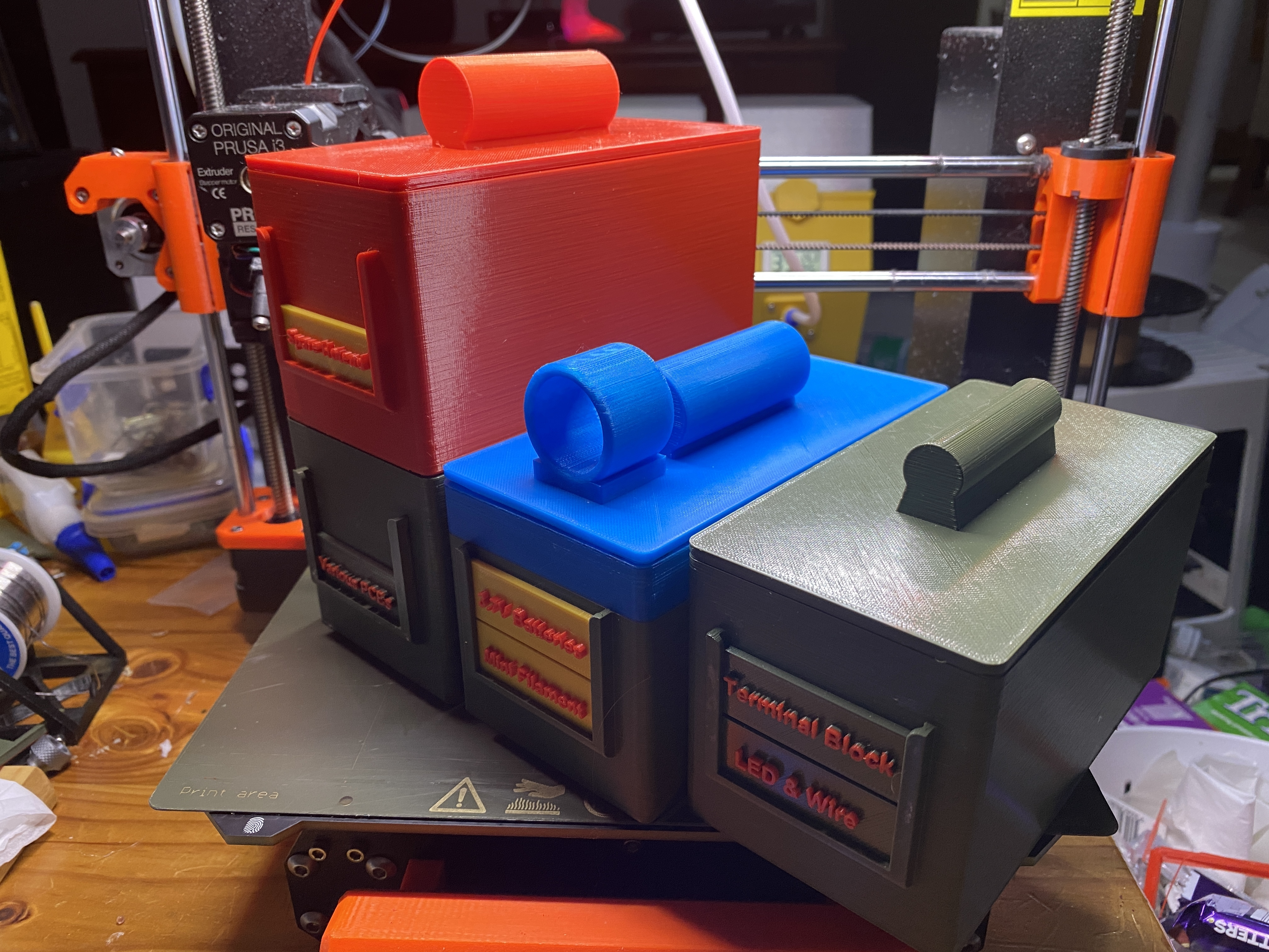 IMG_0424.JPG Download free STL file Tight-Fitting Lids on Containers • 3D printer model, christinewhybrow