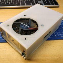 IMG_20200307_142145.jpg Télécharger fichier STL gratuit Anycubic I3 Mega - Coperchio alimentatore • Modèle imprimable en 3D, Scigola