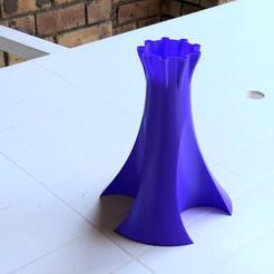 Descargar archivos 3D gratis Florero trípode, PRAN3D
