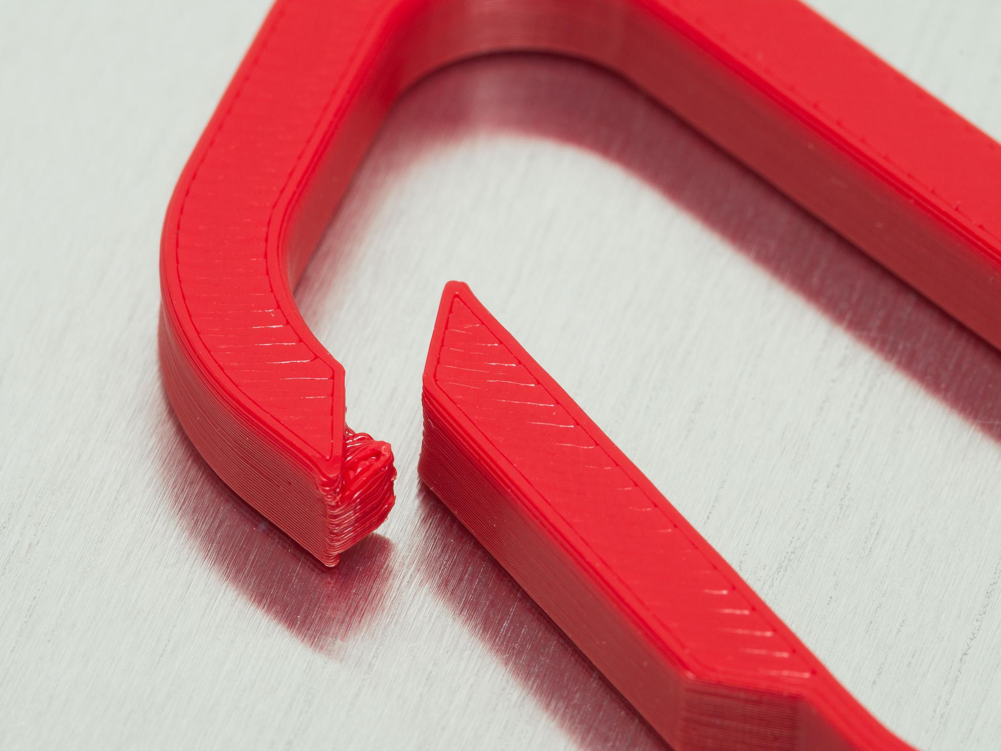 IMGP2057.jpg Download free STL file Symmetric Carabiner • 3D printing template, WalterHsiao