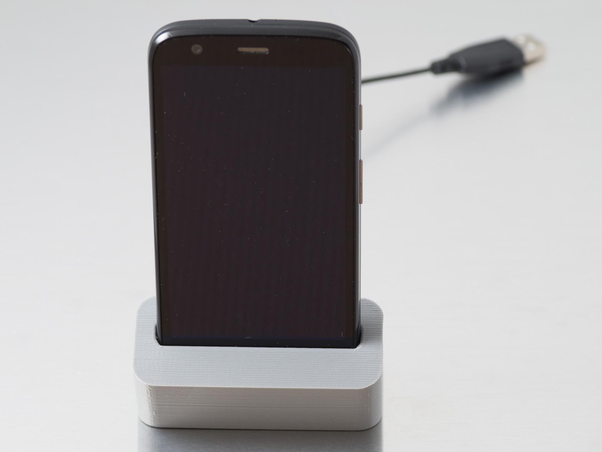 IMGP6832.jpg Télécharger fichier STL gratuit Station d'accueil téléphonique (Moto G) • Plan à imprimer en 3D, WalterHsiao