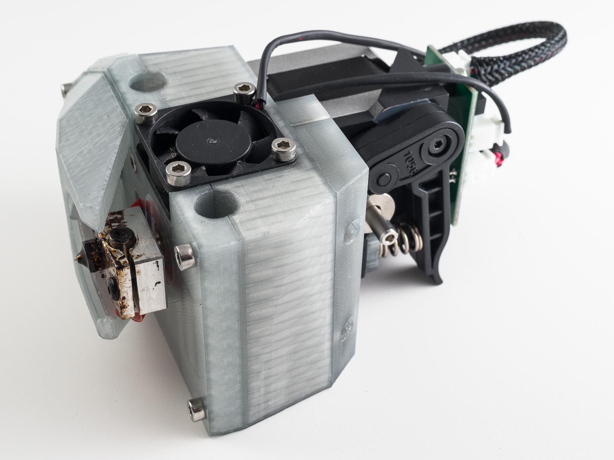 IMGP9630.jpg Télécharger fichier STL gratuit Monture basse pour grenouille poly (RigidBot E3D v6) • Design pour imprimante 3D, WalterHsiao