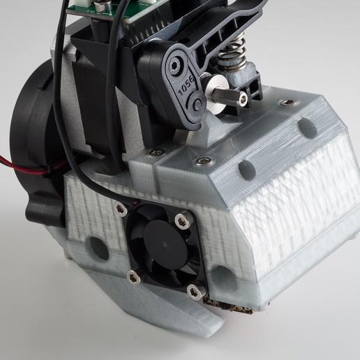 IMGP9636.jpg Télécharger fichier STL gratuit Monture basse pour grenouille poly (RigidBot E3D v6) • Design pour imprimante 3D, WalterHsiao