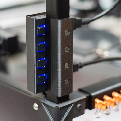 Download free 3D printer files RigidBot USB Hub Mount, WalterHsiao