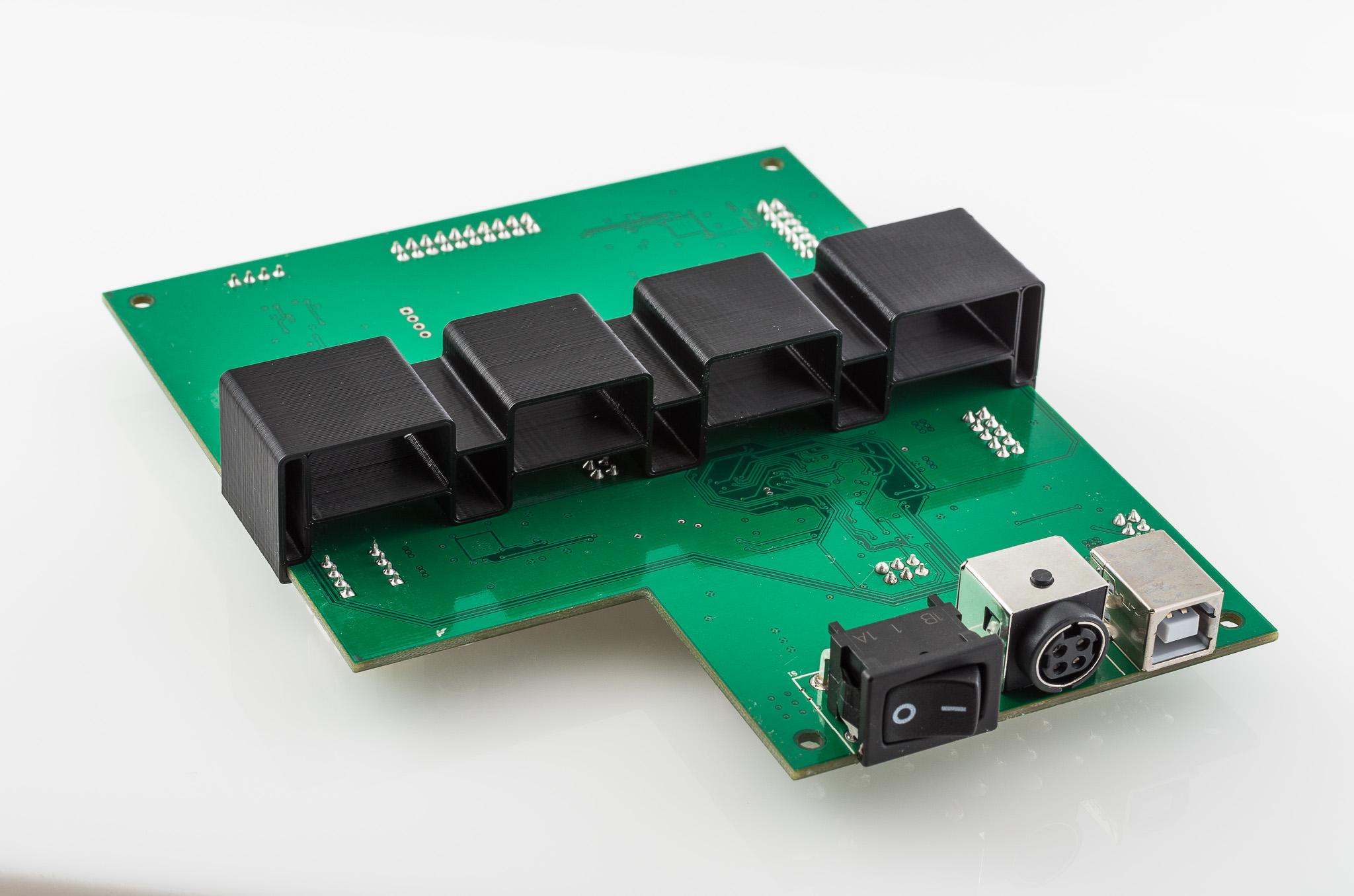 IMGP6984.jpg Télécharger fichier STL gratuit Support de la carte mère RigidBot • Design pour imprimante 3D, WalterHsiao