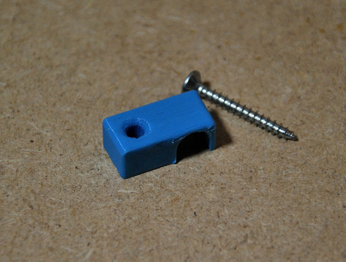 DSC_5928.JPG Télécharger fichier STL gratuit Attache câble  • Design pour imprimante 3D, menarddi3