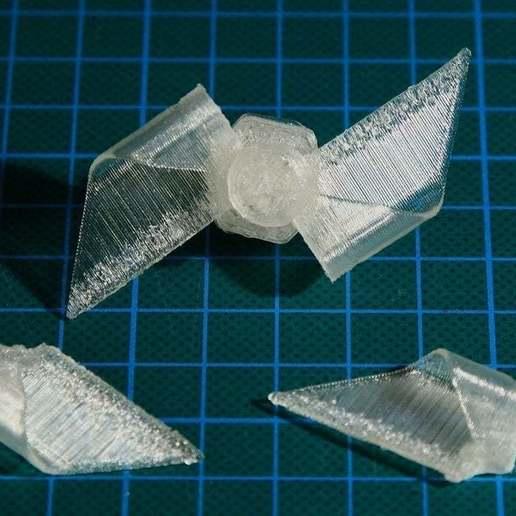 Télécharger objet 3D gratuit Moulin à vent en papier (assemblage de demi-ailettes), Wachet