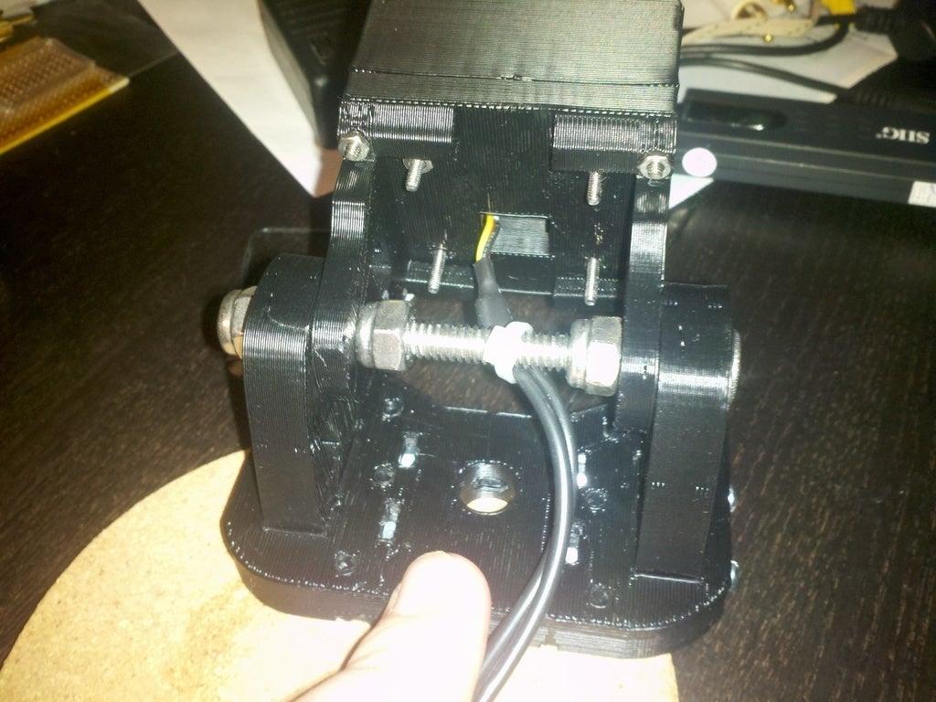 2011-08-10_22-06-40_801_display_large.jpg Télécharger fichier STL gratuit support casque pour caméra embarquée. • Modèle pour imprimante 3D, Nessun_Dorma