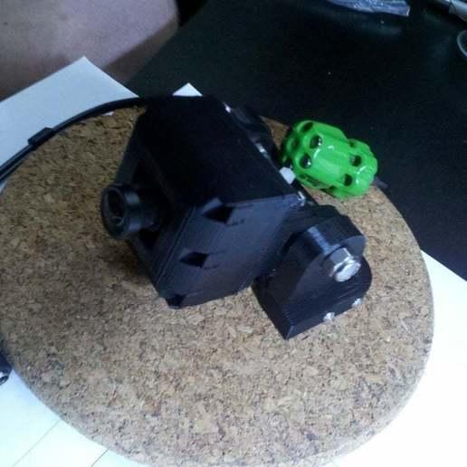Télécharger fichier imprimante 3D gratuit support casque pour caméra embarquée., Nessun_Dorma