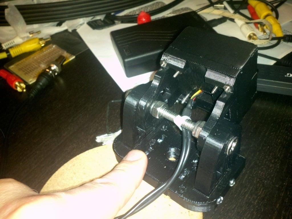 2011-08-10_22-06-49_163_display_large.jpg Télécharger fichier STL gratuit support casque pour caméra embarquée. • Modèle pour imprimante 3D, Nessun_Dorma
