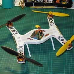 Download free 3D printing models Folding MiniQuad for KKMulticntroller flight controller, MinorSymphony