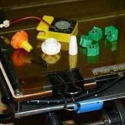 TinyStuff.jpg Télécharger fichier STL gratuit Petites choses pour RepRap • Modèle à imprimer en 3D, Liszt