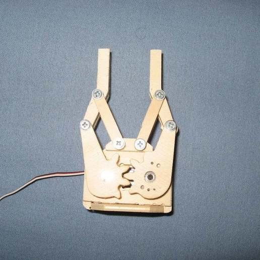 IMG_5912_display_large.jpg Download free STL file Mini servo gripper • 3D printer model, Ludwig-Concerto
