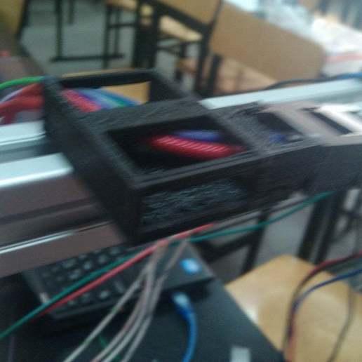 IMG_20140718_140330.jpg Télécharger fichier SCAD gratuit Porte-chaîne pour RepRap Wilson • Modèle à imprimer en 3D, Solaris92
