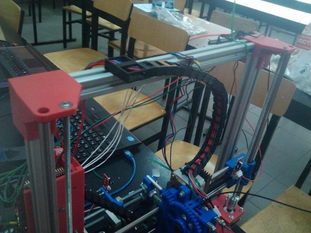 IMG_20140718_140334.jpg Télécharger fichier SCAD gratuit Porte-chaîne pour RepRap Wilson • Modèle à imprimer en 3D, Solaris92