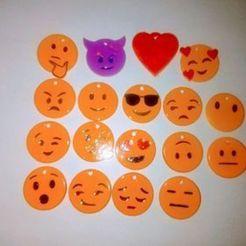 4b87c8caaf8fb326019cd92f75b5578c.jpg Download STL file key ring with 19 emoticons • 3D printer object, alainpichen