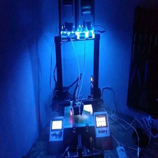 Télécharger fichier STL gratuit Porte-bobine avec lampe à led RGB Ender 3, michal0082