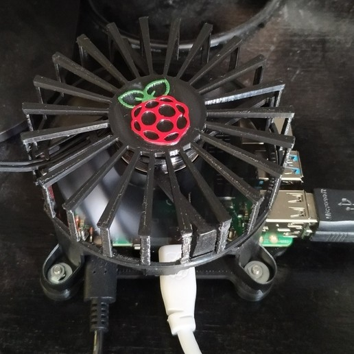 RPI4.jpg Télécharger fichier STL gratuit Etui Pi 4 framboise pour ventilateur • Design pour imprimante 3D, jeek25