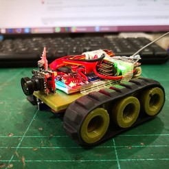 Download free STL files TINY TRAK 18mm Drive Wheel Micro RC Tank, EdwardChew