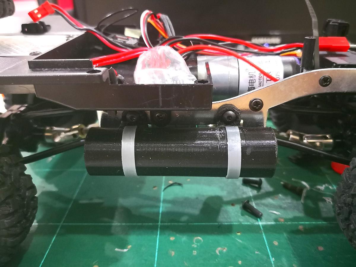 IMG_20180415_225519.jpg Download free STL file WPL C14 Side Fuel Tank for Li-Ion 18650 • 3D print design, EdwardChew