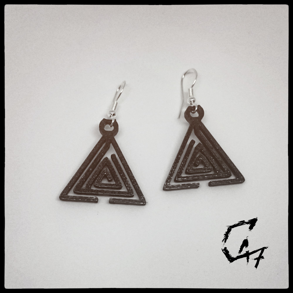 Labirynth Triangle earrings_26.jpg Download STL file SET of 24 Labirynth earrings / necklaces (4 shapes x 6 sizes) • 3D printer object, c47