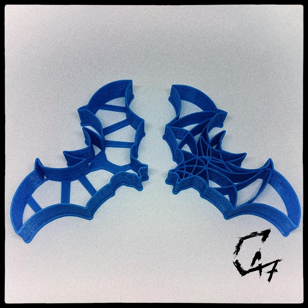 Bloodwars-cookie_1.jpg Download free STL file Bloodwars bat cookie cutter • 3D print design, c47