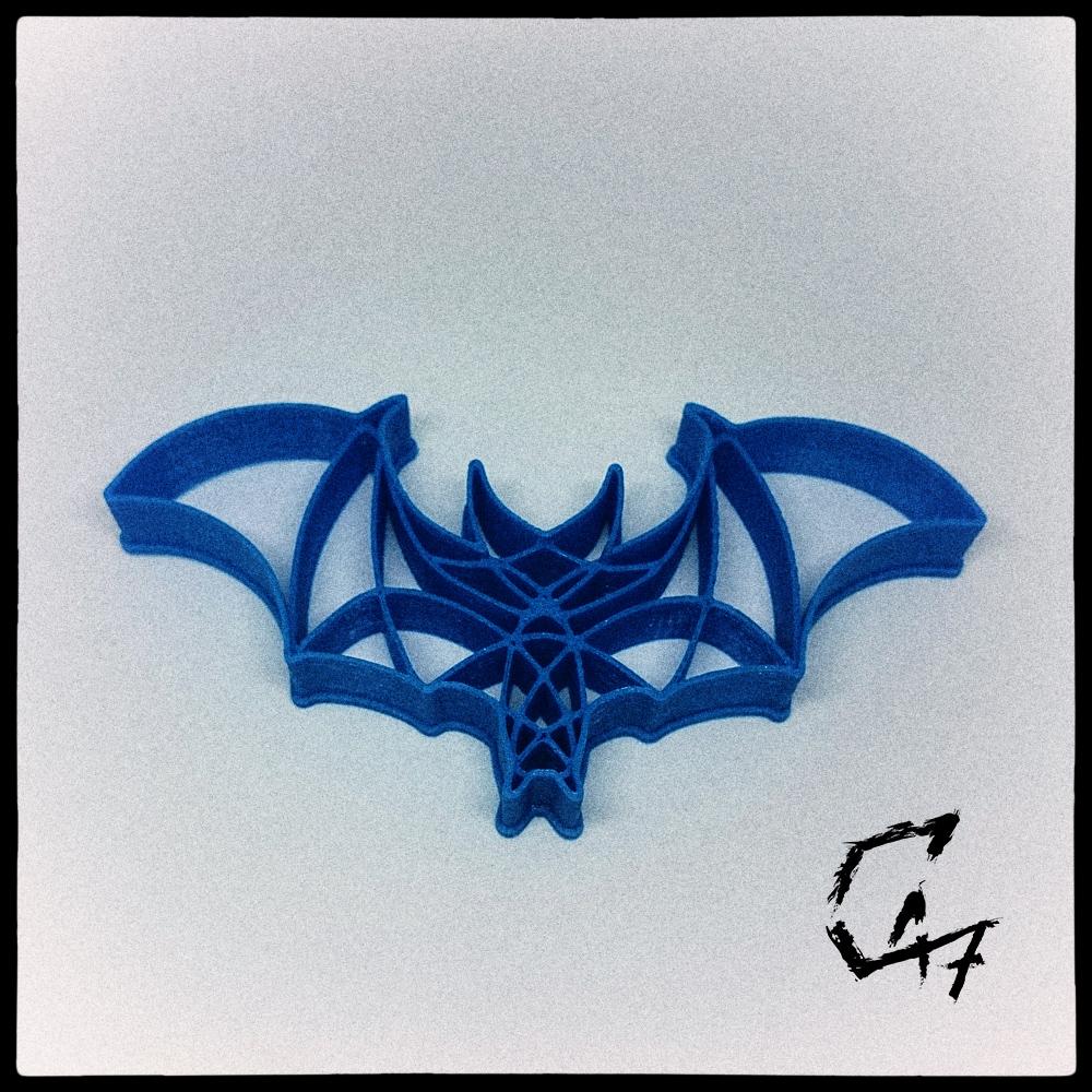 Bloodwars-cookie_2.jpg Download free STL file Bloodwars bat cookie cutter • 3D print design, c47
