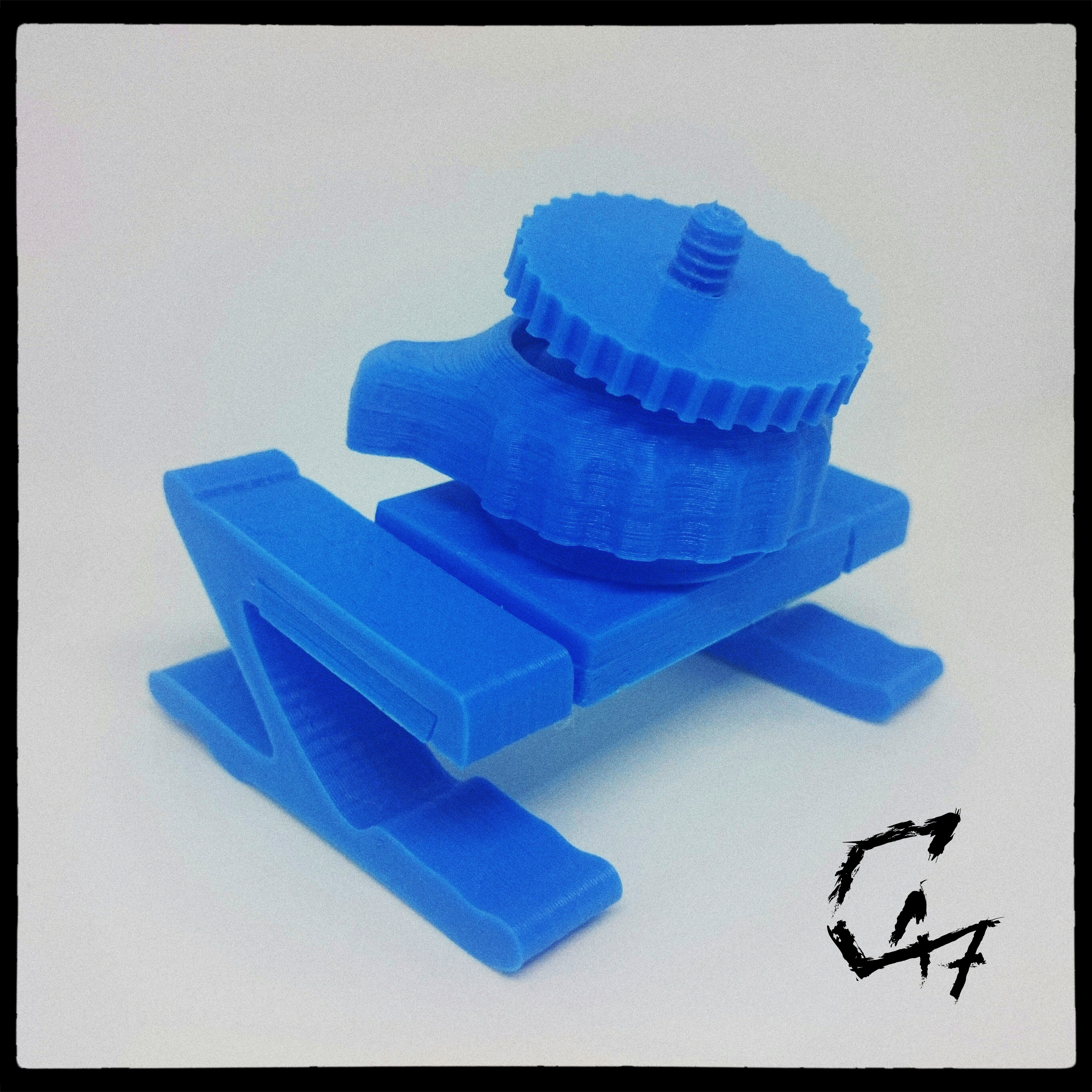 IMG_20190506_113417_HDR.jpg Download free STL file Bed camera mount with clips - fully printed • 3D printable template, c47