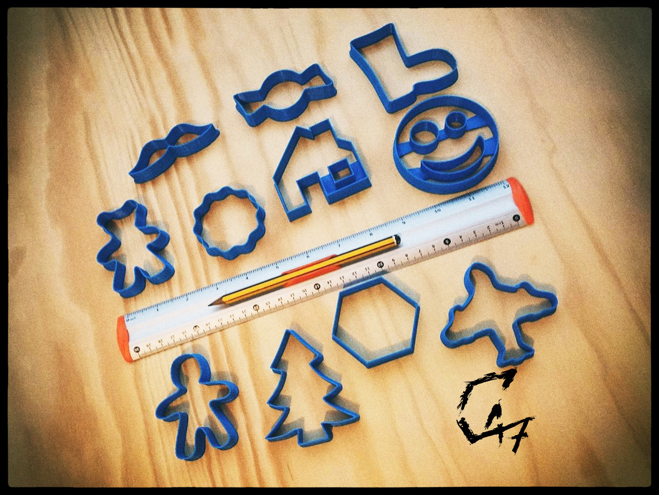 Christmass_cookie_TG.jpg Download free STL file Christmas cookie cutters • 3D printable object, c47