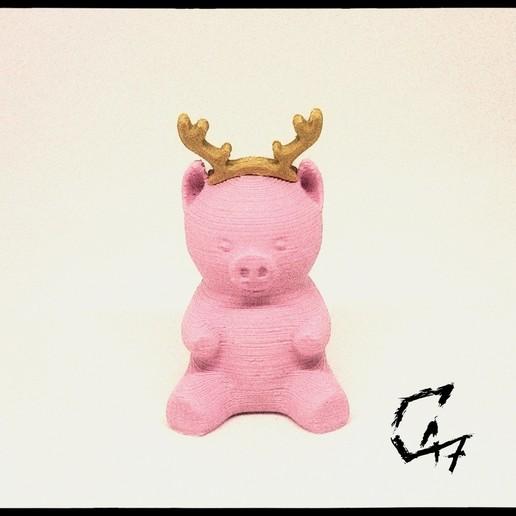 Piggy-Reindeer_TG.jpg Télécharger fichier STL gratuit Piggy - Compléments de Noël • Plan à imprimer en 3D, c47