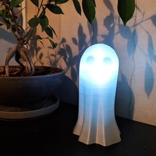 IMG_20200420_143712.jpg Download free STL file Pavel the Ghost Lamp • 3D printing template, Superbeasti