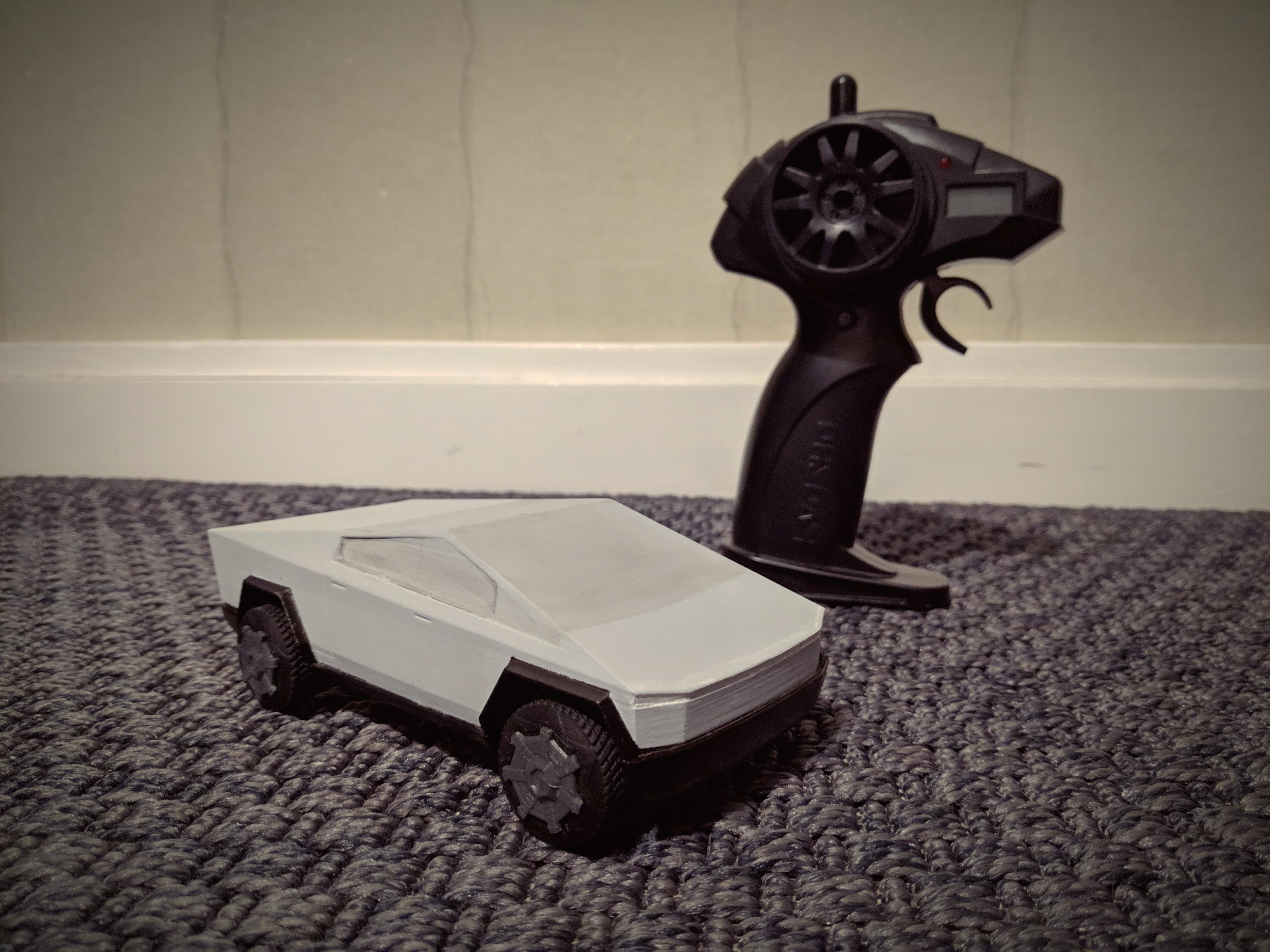 IMG_20191201_173540.jpg Télécharger fichier STL gratuit Cybertruck (kit carrosserie + châssis imprimable) • Plan pour impression 3D, Superbeasti