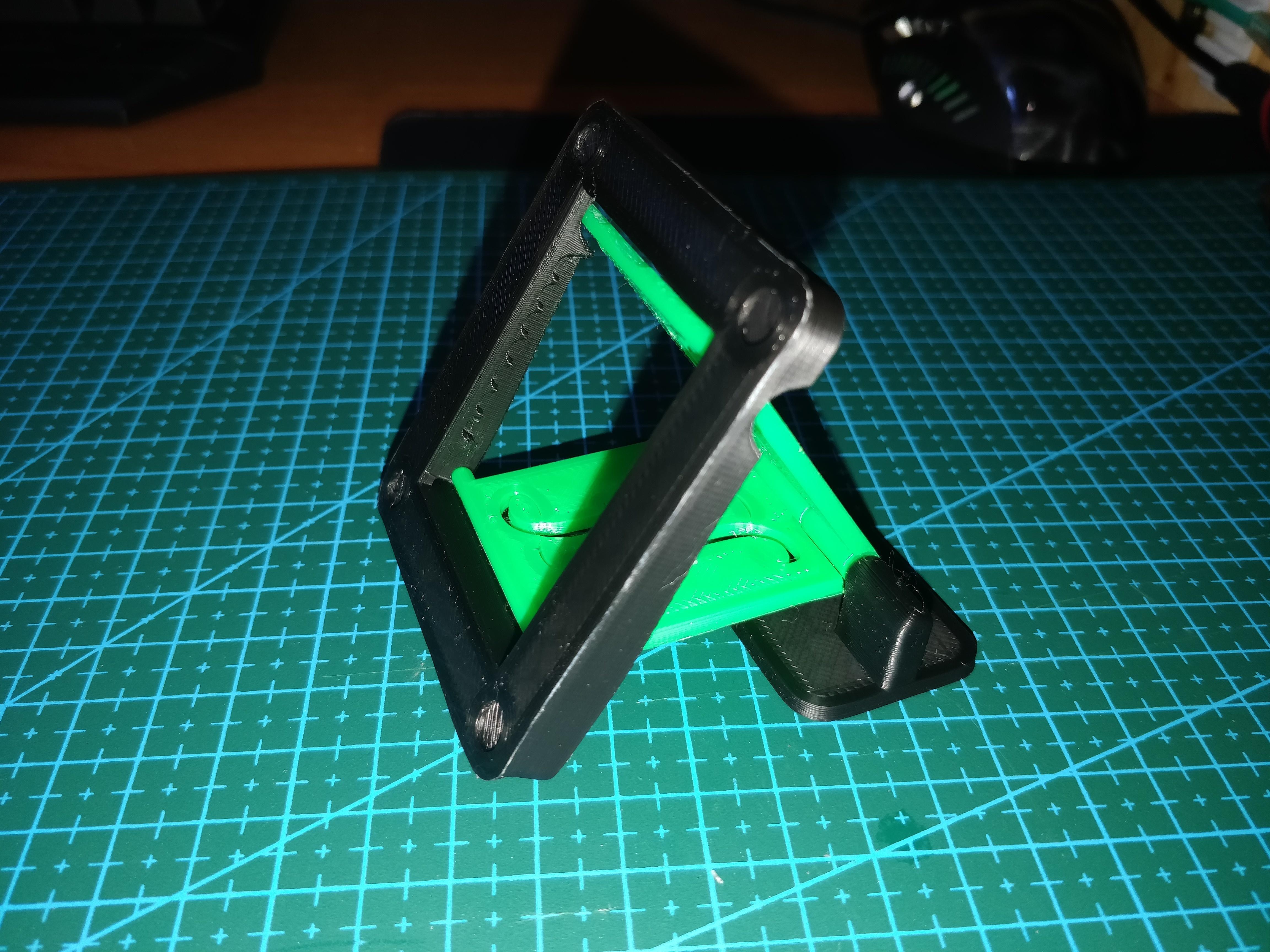 laptopStand1_1.jpg Download free STL file Adjustable Laptop Stand [WIP] • 3D printable template, Kliffom