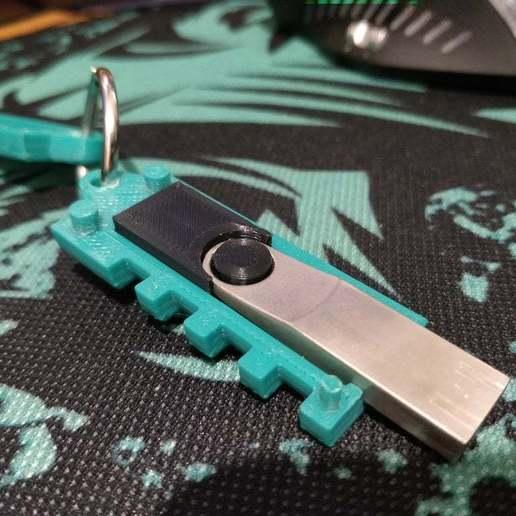 Télécharger fichier STL gratuit Adaptateur USB Cryptex pour clé USB Kingston DTSE9 G2 • Objet imprimable en 3D, Kliffom