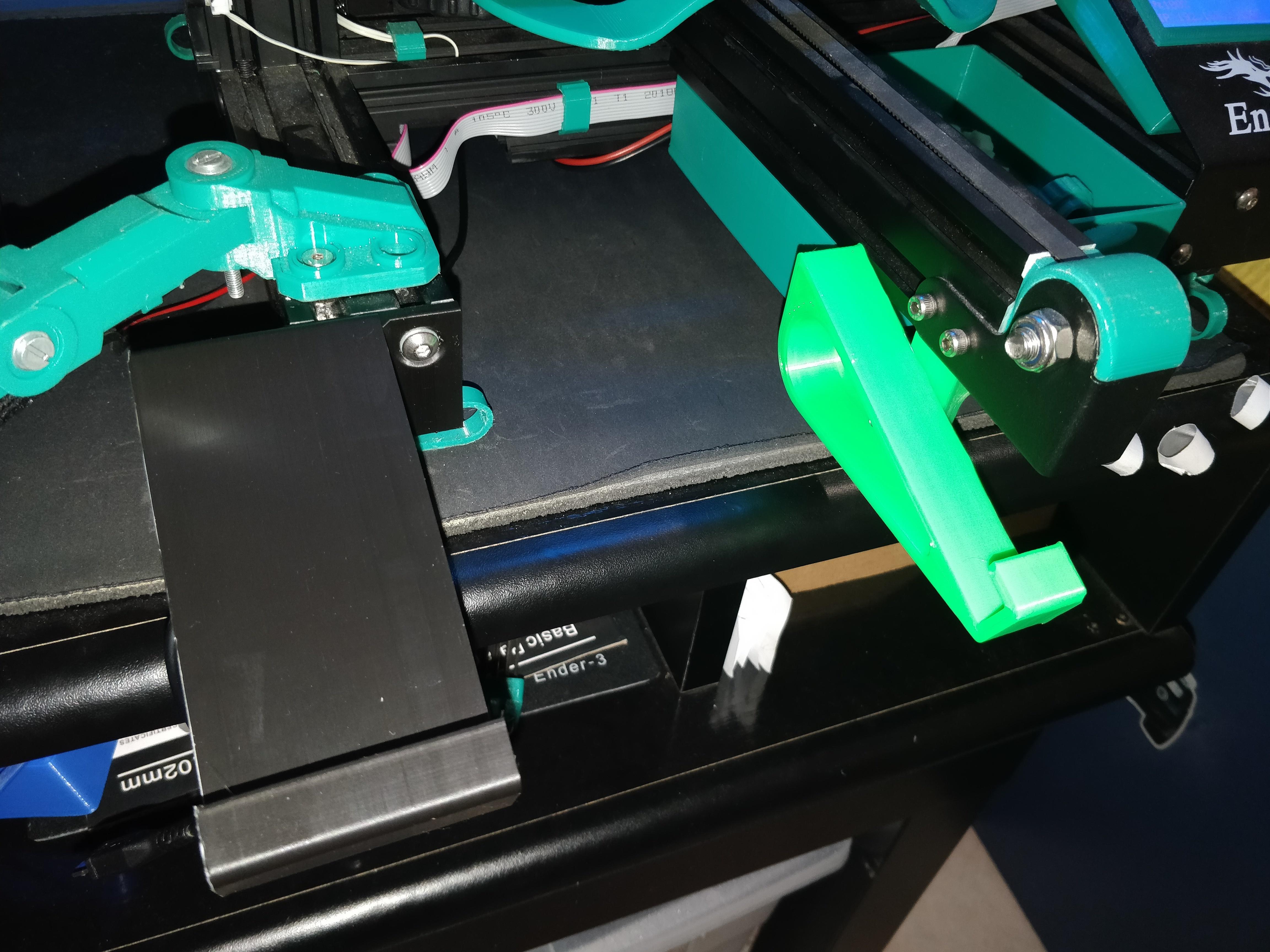 IMG_20200105_215246.jpg Télécharger fichier STL gratuit Support de tablette pour le Creality Ender 3 • Modèle pour impression 3D, Kliffom