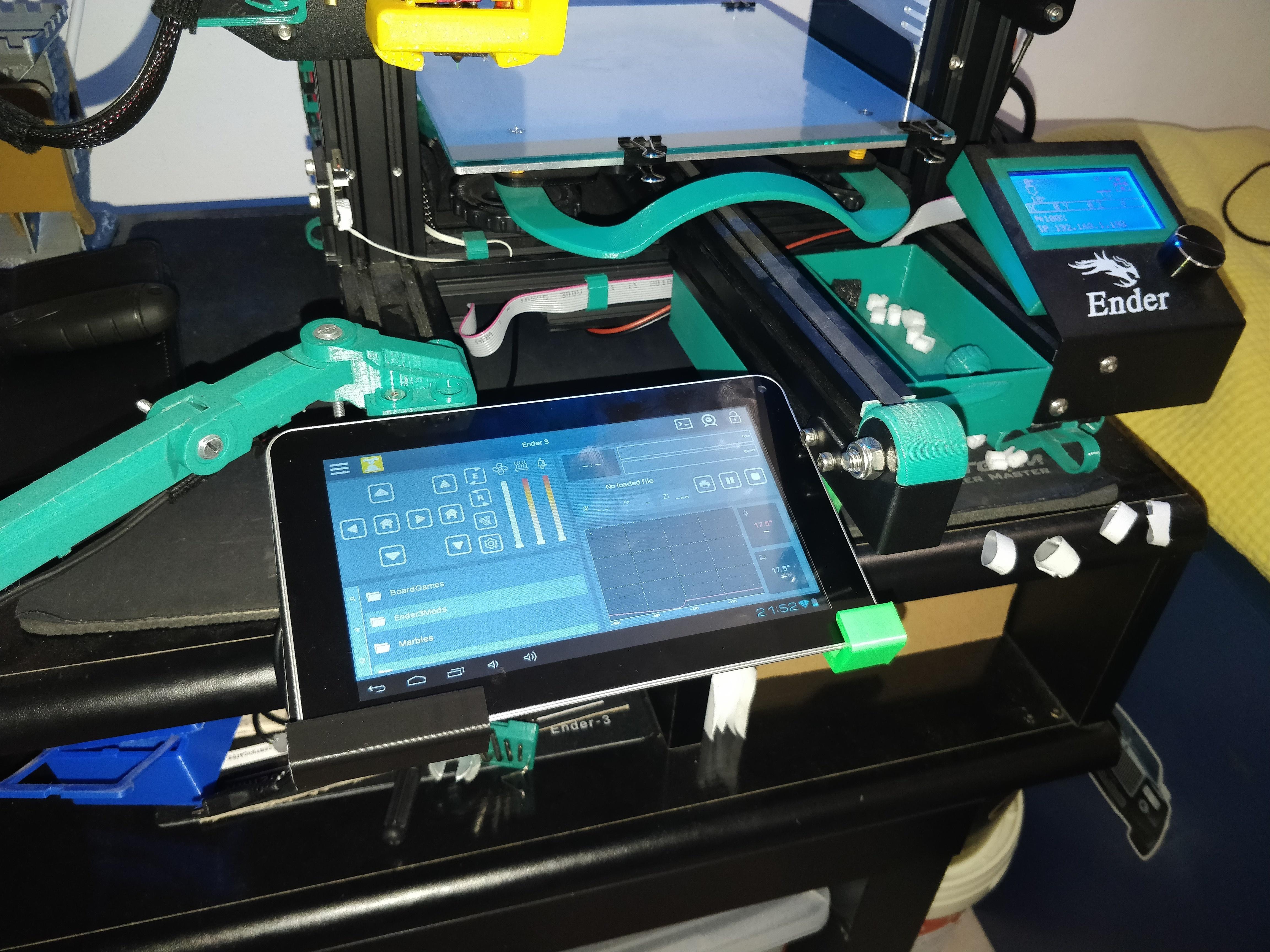 IMG_20200105_215221.jpg Télécharger fichier STL gratuit Support de tablette pour le Creality Ender 3 • Modèle pour impression 3D, Kliffom