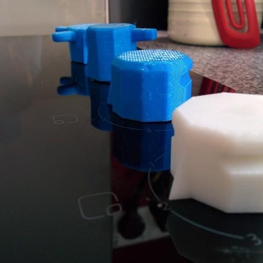 IMG_20140814_181047.jpg Télécharger fichier SCAD gratuit Bouton de plaque de cuisson • Design pour imprimante 3D, Glutnard