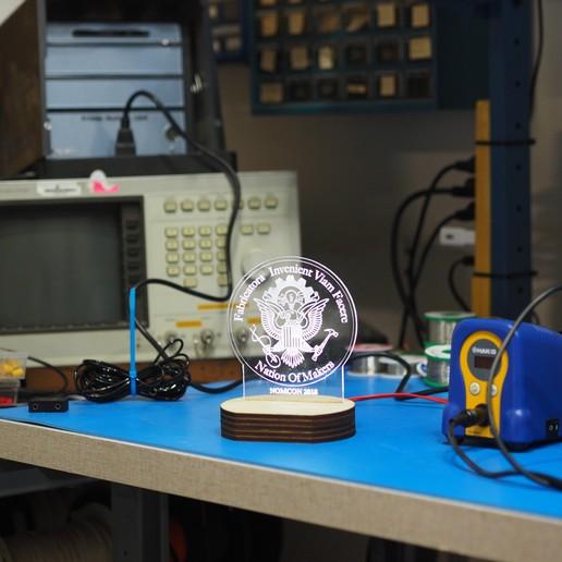 Télécharger fichier impression 3D gratuit Prix Edge Lit Acrylic Award, Glutnard