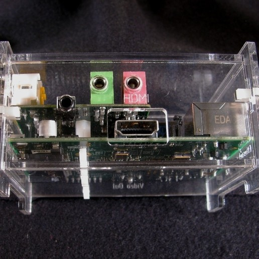IMG_4585.jpg Download free STL file Wolfson Audio Raspberry Pi Plate Case • 3D printable model, Gaygwenn