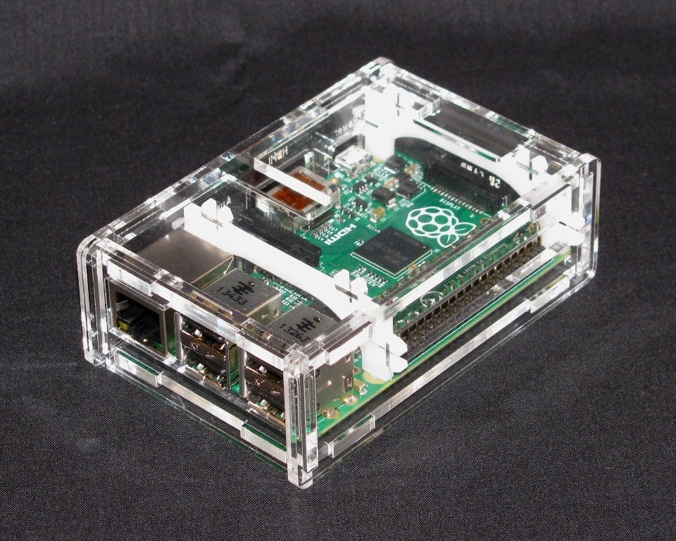 IMG_4292.jpg Download free STL file Raspberry Pi B+ Case • Model to 3D print, Gaygwenn