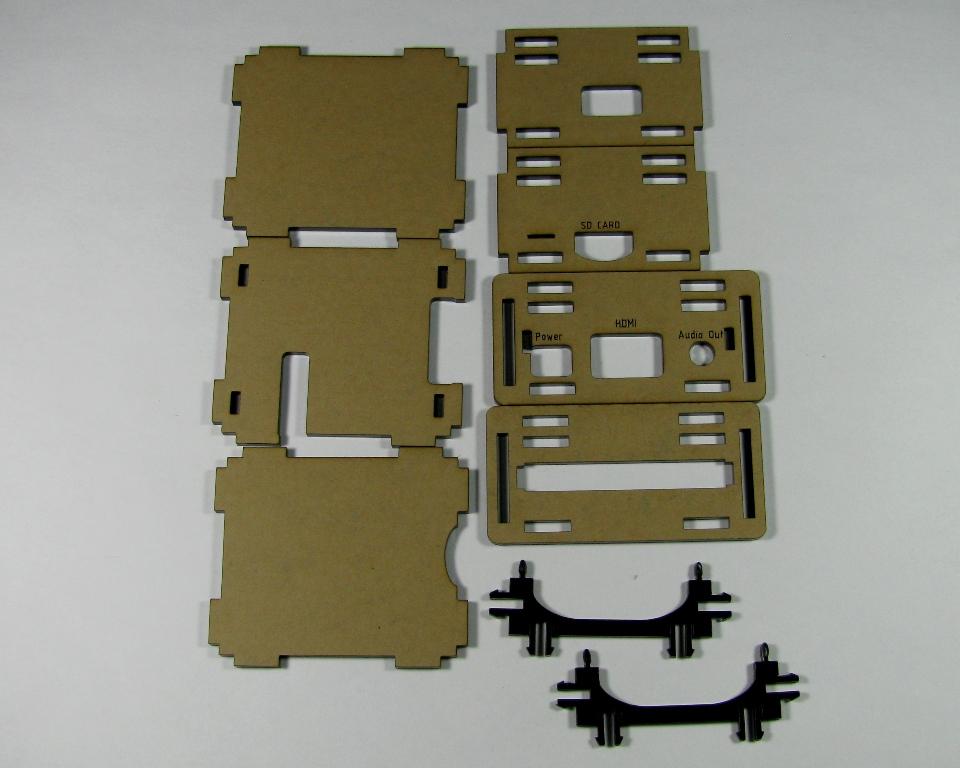 IMG_4589.JPG Télécharger fichier STL gratuit Étui noir Pi A+ Framboise Pi A • Objet pour imprimante 3D, Gaygwenn