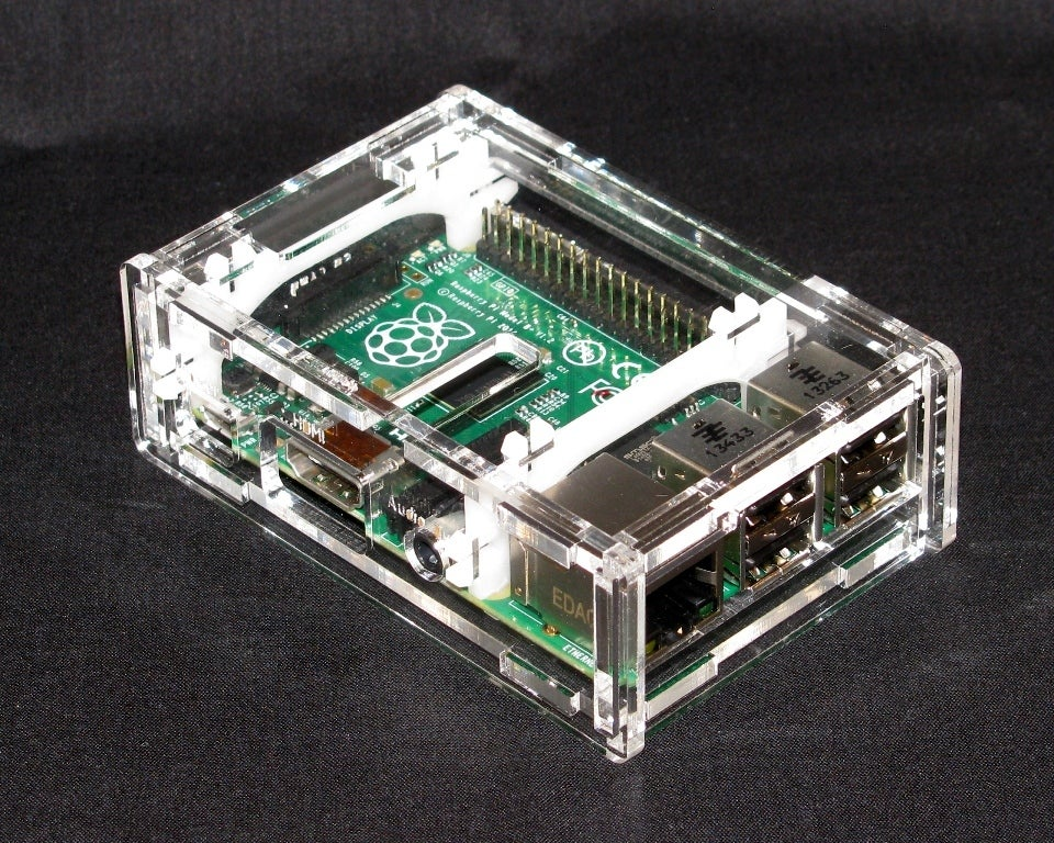 IMG_4289.jpg Download free STL file Raspberry Pi B+ Case • Model to 3D print, Gaygwenn