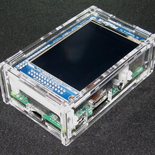 """IMG_4860.JPG Télécharger fichier STL gratuit Étui Pi A+/B+ 2.8"""" PiTFT Framboise Pi A+/B+ 2.8 • Modèle pour imprimante 3D, Gaygwenn"""
