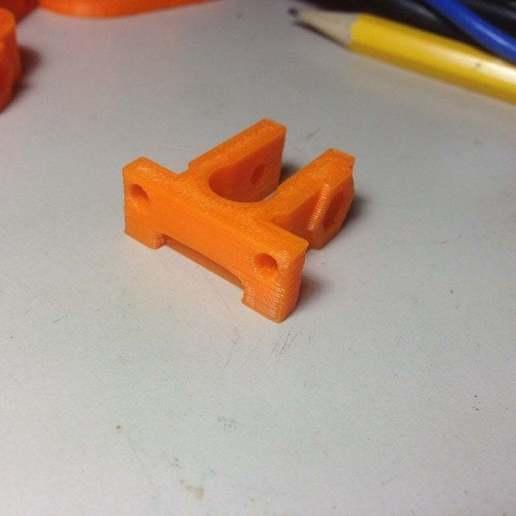 Download free 3D printer templates Endstop-holder for endstop v1.2, Urgnarb