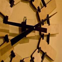 woodenwallclock1.jpg Télécharger fichier STL gratuit Horloge murale • Design imprimable en 3D, Urgnarb