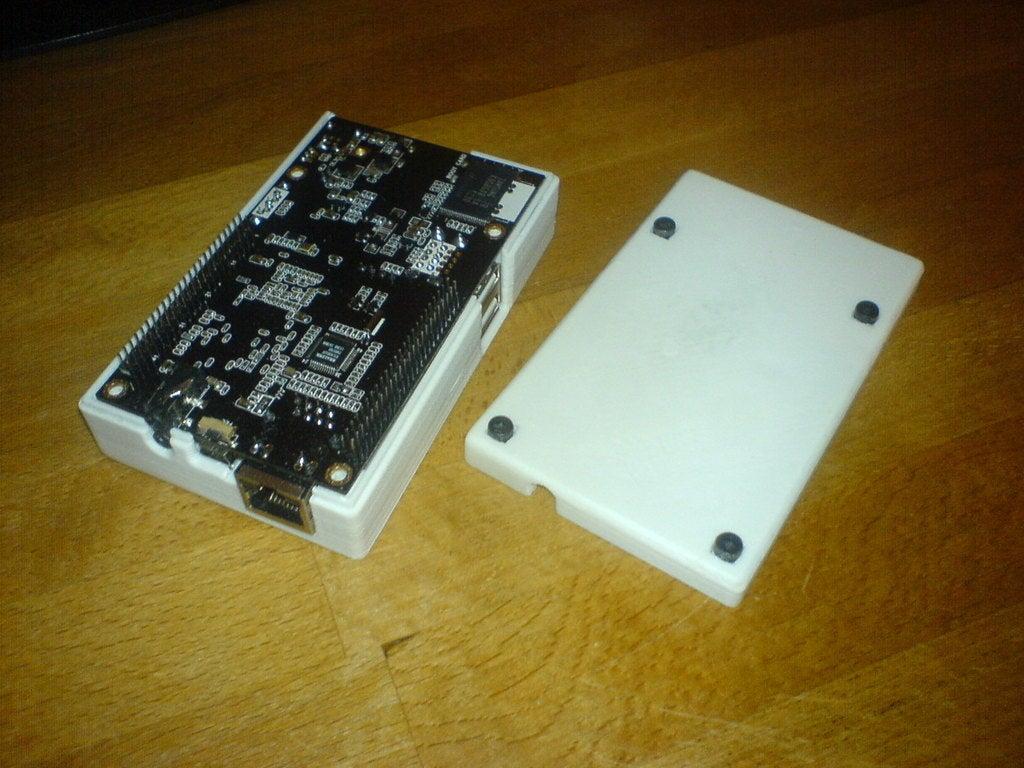 DSC01130.jpg Télécharger fichier SCAD gratuit Générateur de cas universel avec exemple de cas pour Cubieboard • Modèle imprimable en 3D, Urgnarb